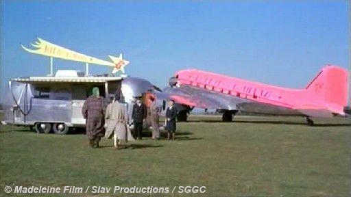 Suivez cet avion (1989) / http://www.allocine.fr/film/fichefilm_gen_cfilm=38388.html