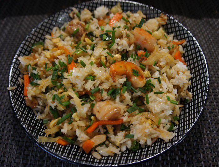 Assiette de riz cantonnais créole