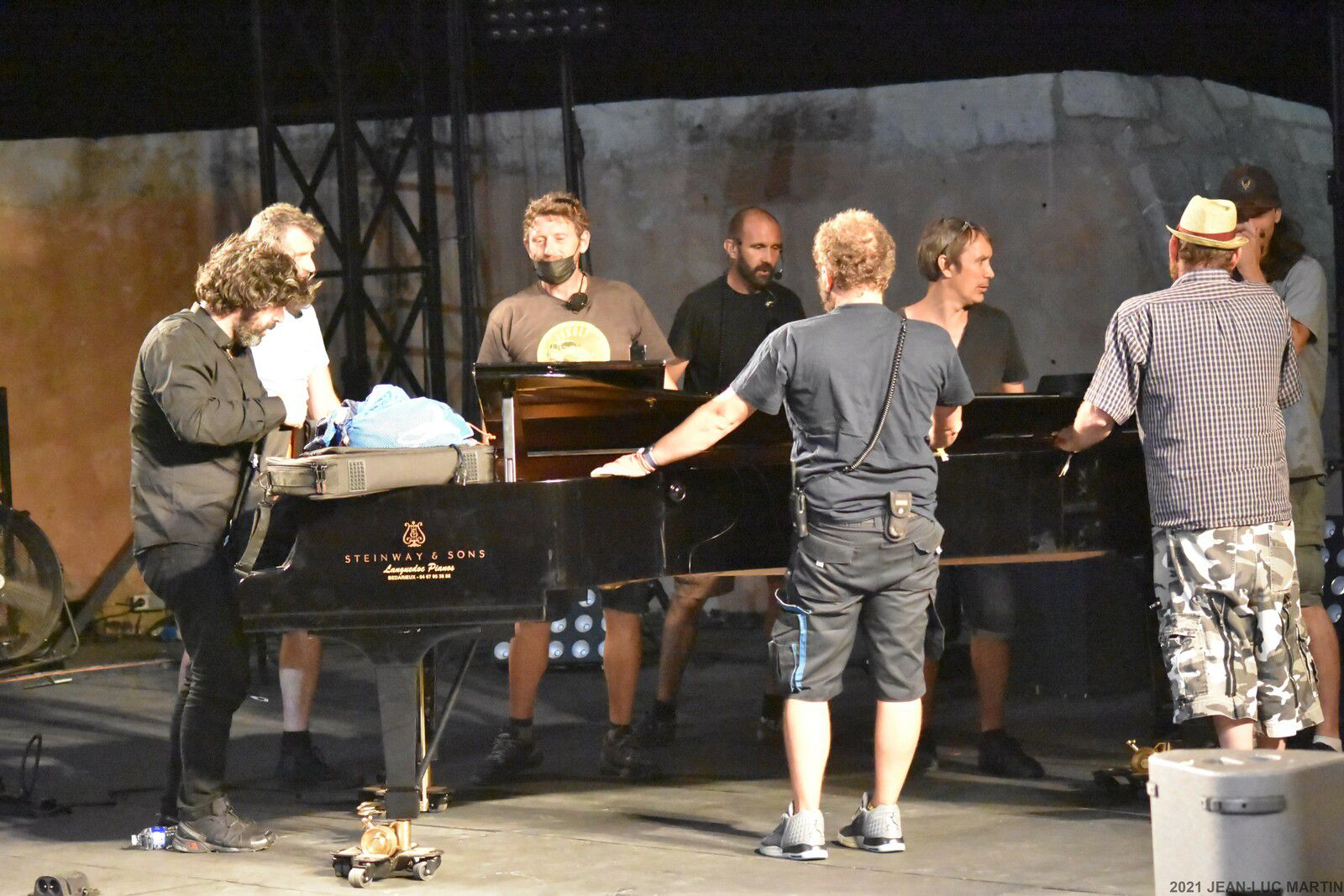 QUAND BENJAMIN MOUSSAY DEMENAGE LE STEINWAY...