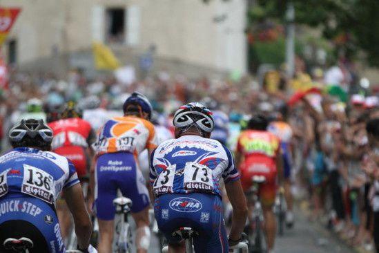 Audiences : Bon lancement pour le Tour de France 2015 sur France 2