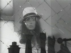 Hannah Wilke Through The Large Glass @ Hannah Wilke. 1976-78 (vidéo)