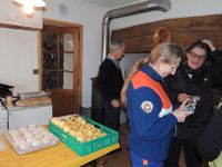 Four n° 3 au Besset : cuisson des pains-pomme