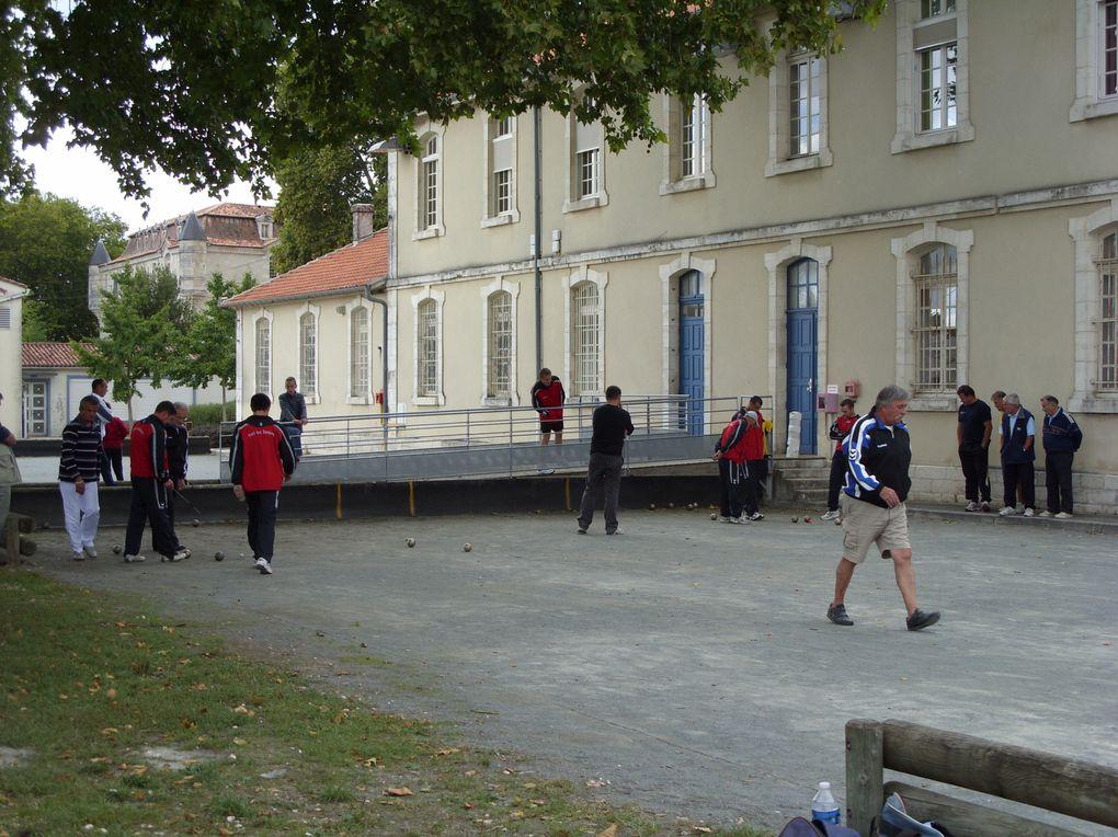 Photos des activités du club: formation, rencontres sportives à domicile ou à l'extérieur, vie du club