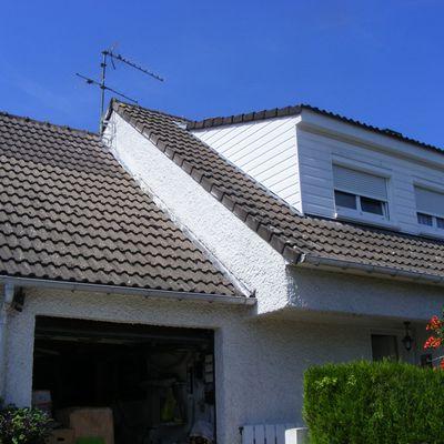 Rebelotte pour une autre toiture émaillée sur tuiles béton