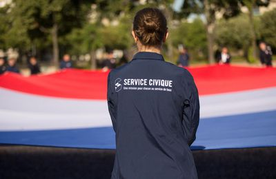 "Service civique dans la culture: ""On se fait exploiter mais on est consentant""..."