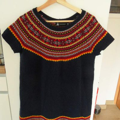 Pull - taille 42 - 8 euros