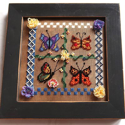 Broderie Mill Hill - Spring Butterflies - Cousines et Compagnie