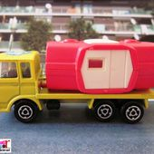 223-A CAMION SAVIEM CHANTIER AVEC SON BUNGALOW MAJORETTE 1/100 - car-collector.net