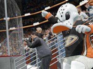 NHL 16 est maintenant disponible