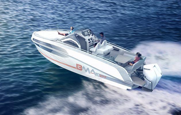 X277 – Le chantier italien BMA sort un nouveau sun-deck de 8 mètres