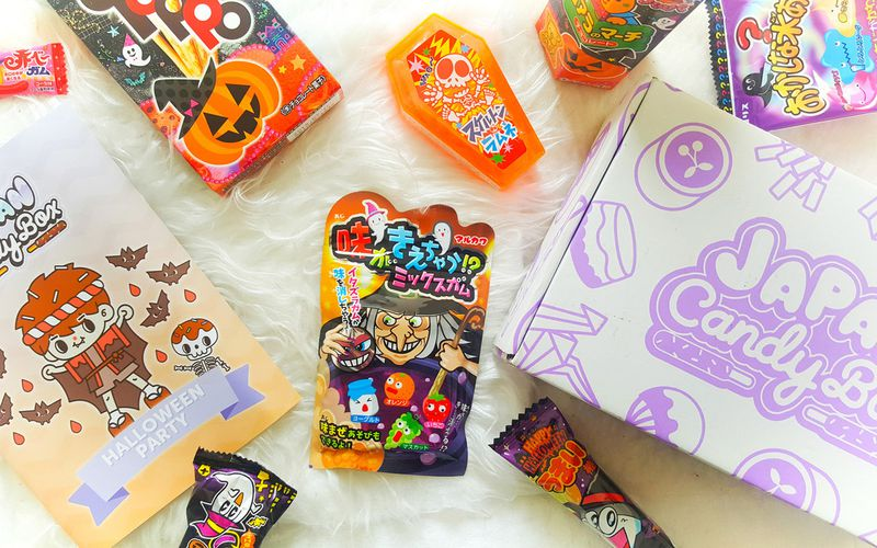 Japan Candy Box - Halloween Edition + International Giveaway