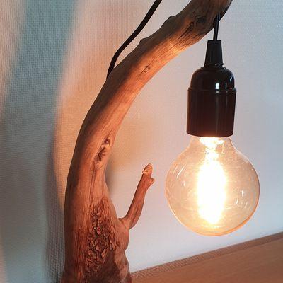 Petite lampe bois flotté