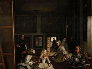 Les Ménines (las meninas - demoiselles d'honneur) - 1656 - 318x276cm - Musée du Prado. Le tableau devait être une affirmation de la continuité dynastique en la personne de l'infante Marguerite, mais la naissance d'un héritier mâle obligea Velazquez à modifier sa toile. Il élimina un personnage clé en peignant par -dessus son portrait devant sa toile