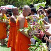 Khao Phansa à Phra Phutthabat - Noy et Gilbert en Thaïlande
