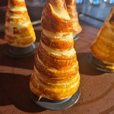Cornets party à la crème patissière