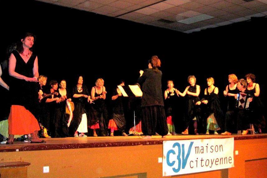 """Soirée """"""""journée internationale du droit des femmes"""" à Migennes par C3V Maison citoyenne - Les Divagabondes - chants et chansons du monde."""