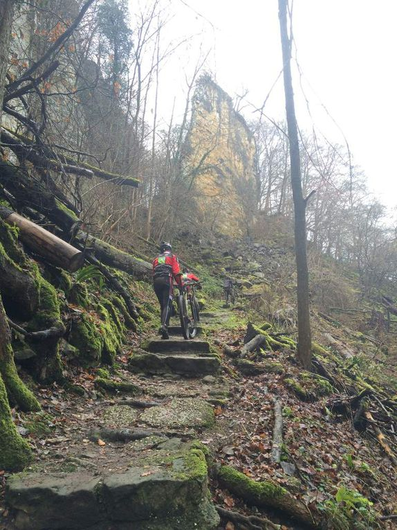 VTT-Spéléo dans le Müllerthal