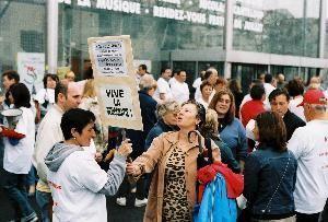 <p>Cette manifestation initi&eacute;e par des associations de quartier a r&eacute;uni les partis de Droite et de Gauche et de tr&egrave;s nombreux Nois&eacute;ens</p>
