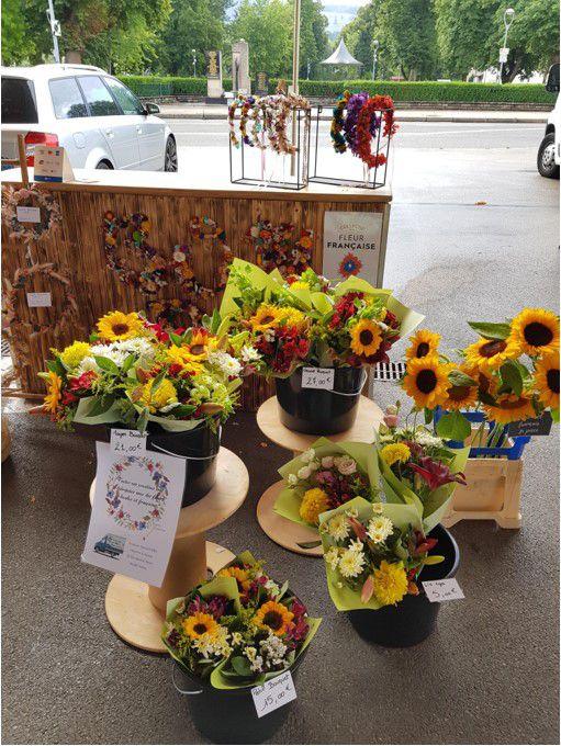Sur le marché ou dans son atelier, Bom dia Design fleurit vos envies !