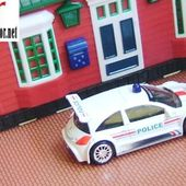 RENAULT MEGANE TROPHY POLICE 2005 NOREV 3 INCHES - car-collector.net