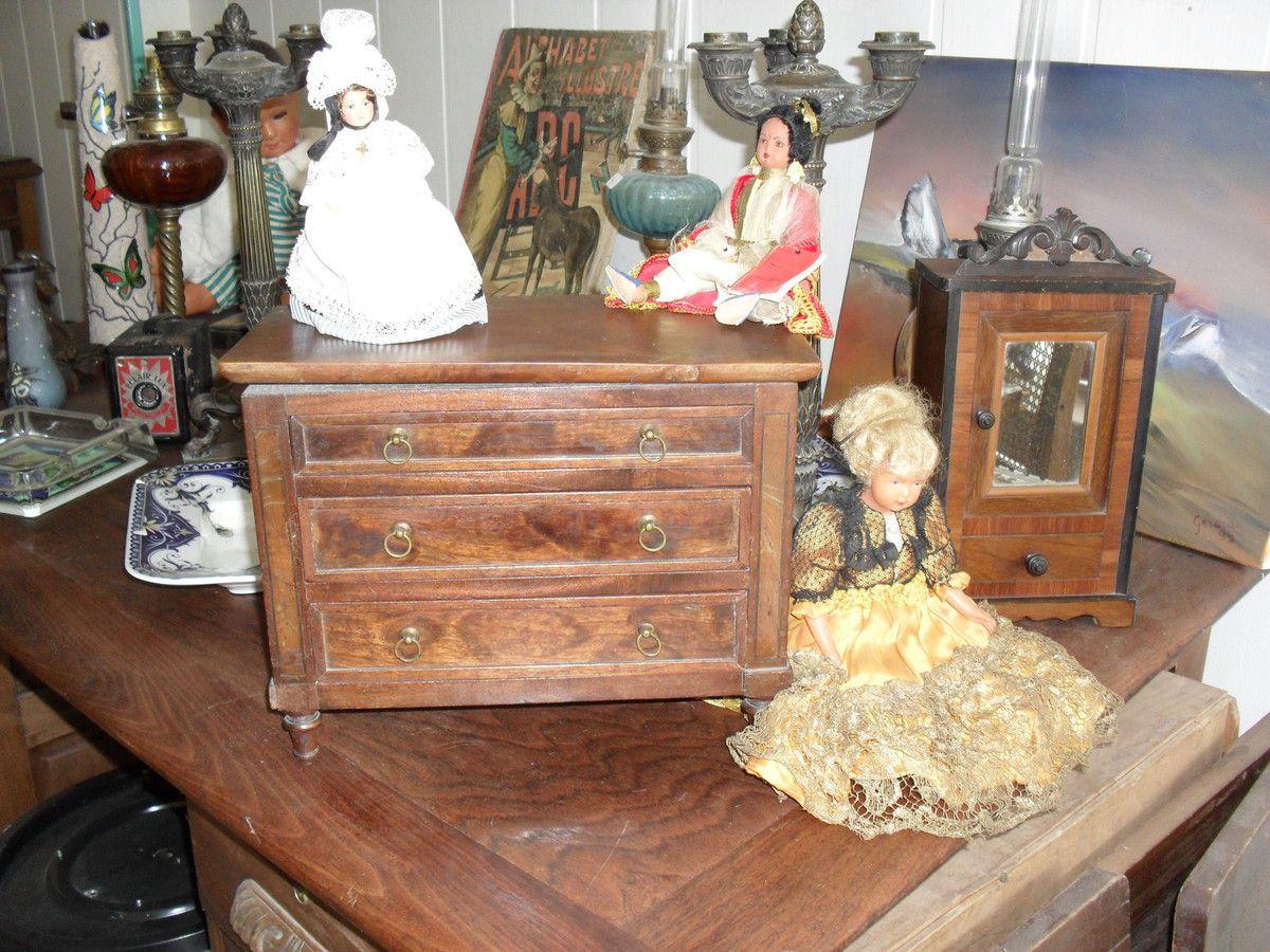 Commode et armoire  de poupée XIXe S