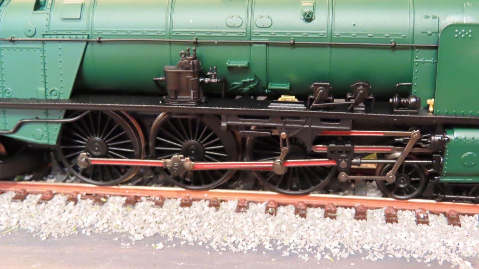 Quelques photos de loco vapeur belge de la série 1 de TRIX