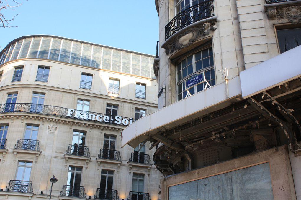 A l'angle des Champs-Elysées et de la rue de Berri, les immeubles de Paul FRIESE, architecte, 1899. Photos: Emmanuel CRIVAT©