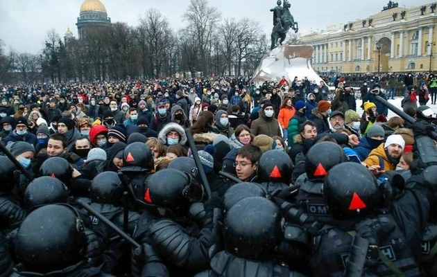 2,600 arrested at protests in Russia demanding Navalny's release