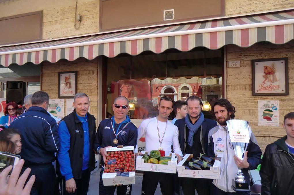 Vivicittà 2015 (32^ ed.). A Ragusa hanno corso in più di 200. Il forte Schembari vince la competitiva di 12 km