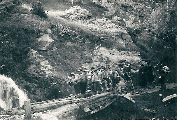 scouts Carcassonne camp Andorre Près de N.D. de Merixtell Près de N.D. de Merixtell