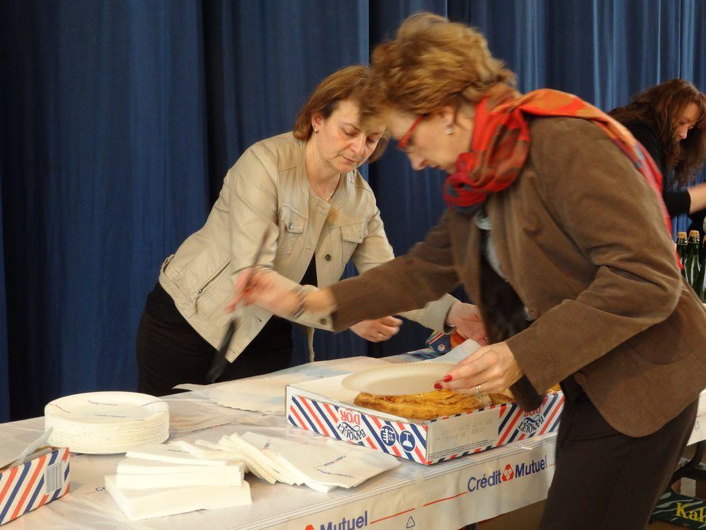 En présences des Presidents des associations , le Credit Mutuel, et la commune de Montgeron