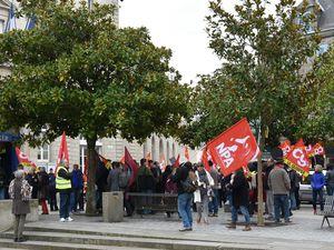 Petite mobilisation contre le nouveau code du travail et la gouvernance de Macron