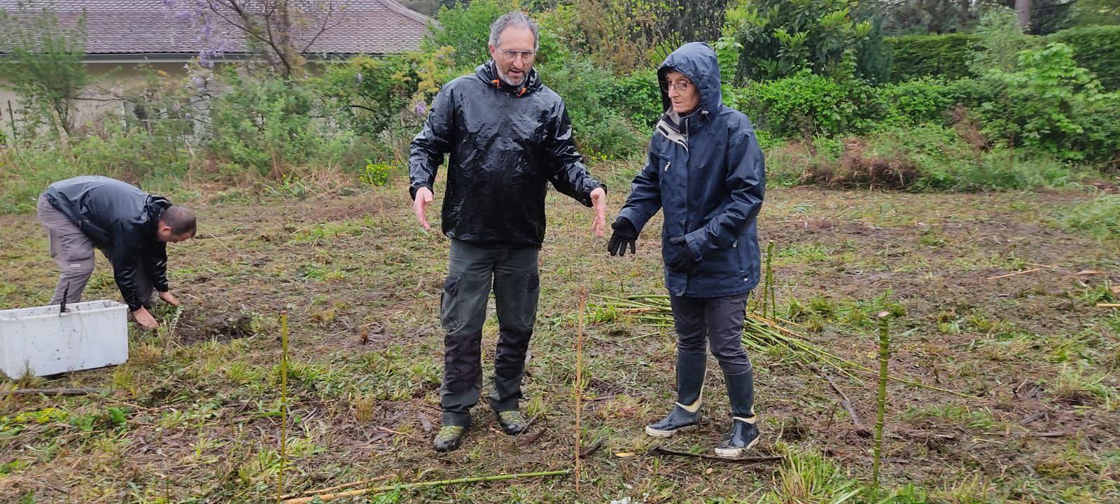 Réalisation des parcelles de même surface, pour tous les jardiniers sur le projet.