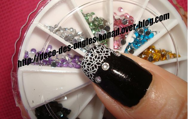 strass sur ongles
