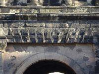 Trier-Trêves-Porta-nigra-détails de façade-arches-colonnes-mur, Cl. FrancePoulain+NicolasWasylyzyn-2016