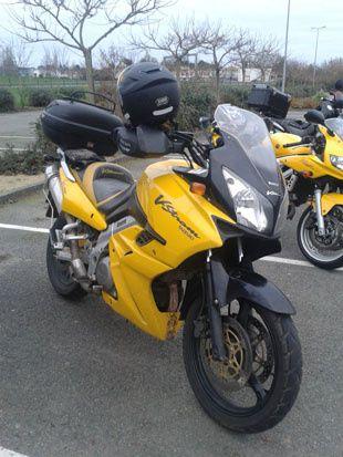 2 jaunes, 2 rouges et 2 noirs !!