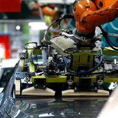 Le marché automobile français reste empêtré dans la crise des semi-conducteurs