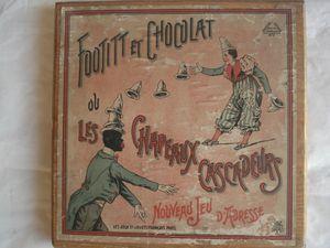 Chapeaux valseurs,cascadeurs etc...ici par FOOTIT et CHOCOLAT, tandem de clowns le noir et le blanc