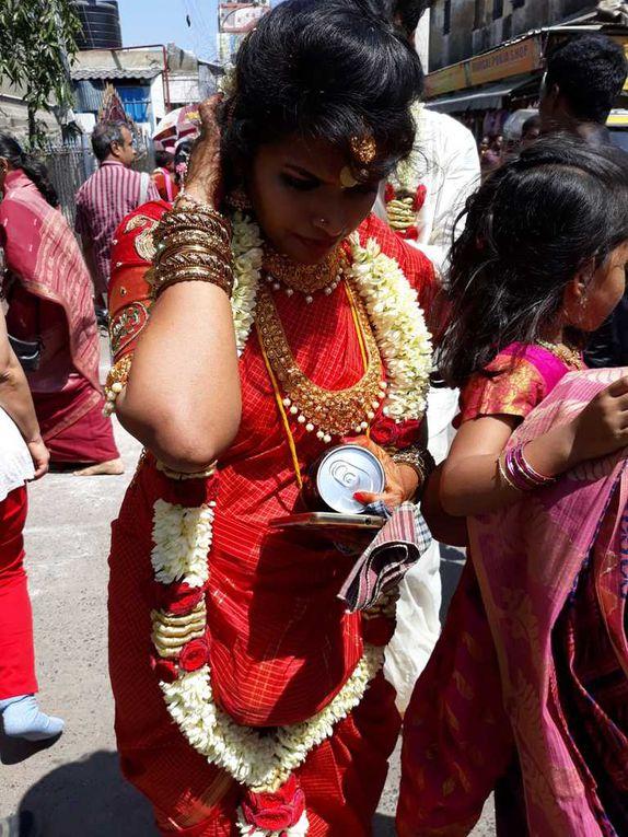 Arrivée à Chennai et accueillis  sous une chaleur de 32 degrés - le collier de jasmin nous embaume