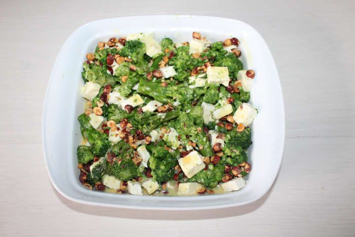 gratin-brocoli-feta-noisettes