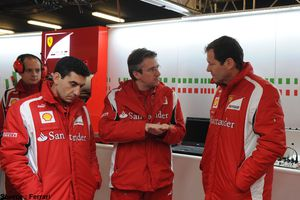 Ferrari poursuit son recrutement