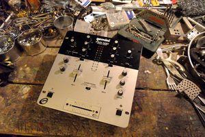Création du premier robot bipolaire sound system