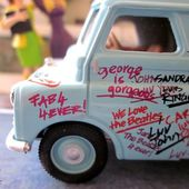 VAN BEDFORD 10/12 CWT GROUPE DE ROCK BEATLES CORGI 1/50 - car-collector