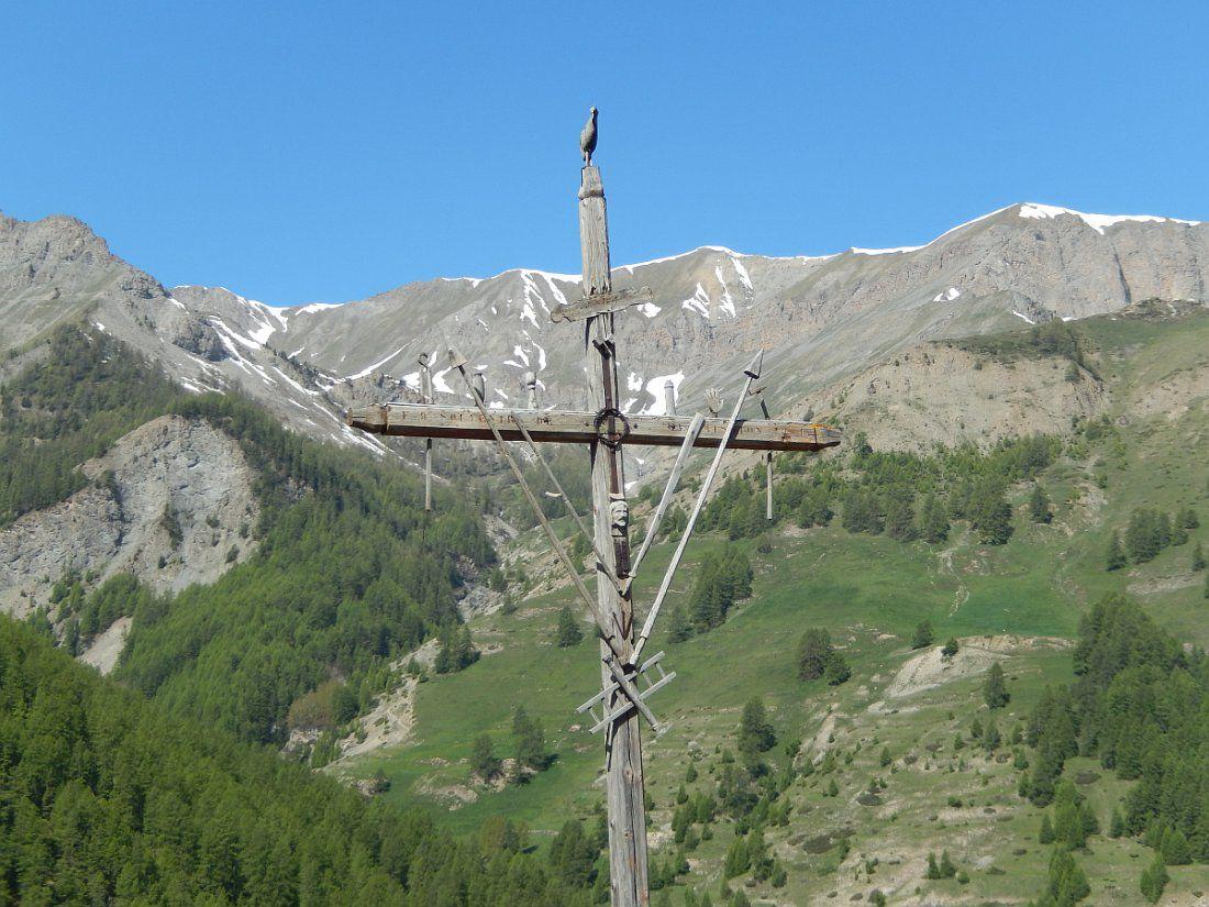 Dans les Hautes Alpes, la plus haute commune habitée d'Europe à 2042 m d'altitude