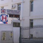 Spitalul de Boli Infecțioase din Iași consumă mai mult oxigen decât poate fabrica să producă. Medicii au trecut pe butelii
