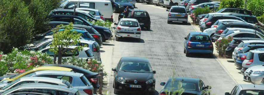 Carnon : le parking du Petit Travers restera gratuit cet été