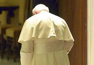 Jésus est-il d'accord pour dire que Jean-Paul II devrait devenir un saint? ( LA SOUFFRANCE N'EST PAS UN SIGNE DE SAINTETÉ )