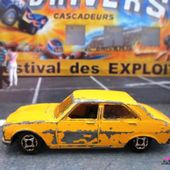PEUGEOT 504 BERLINE MINI JET NOREV 1/66 - car-collector.net