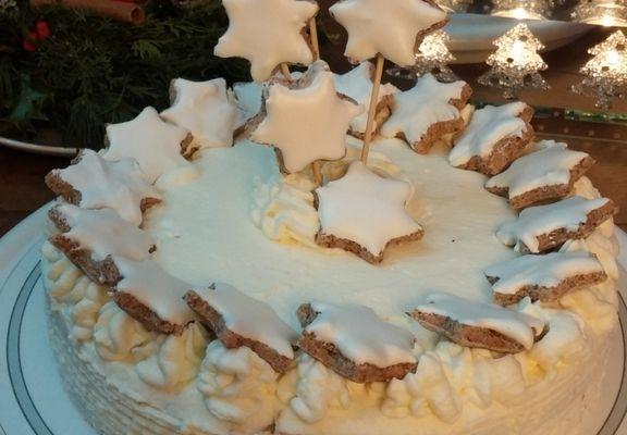 Le Gâteau aux Étoiles à la Cannelle