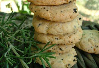 Cookies aux olives noires & romarin